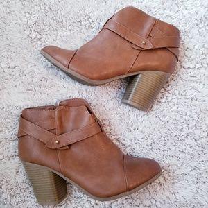 LC Lauren Conrad Ankle Boots Booties 9.5